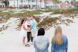 Runaway To San Diego - A service of Elope to San Diego™   (619) 66-ELOPE   (619) 663-5673